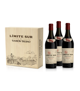 Wooden Box with 3 bottles Limite Sur De Ramón Bilbao Tinto